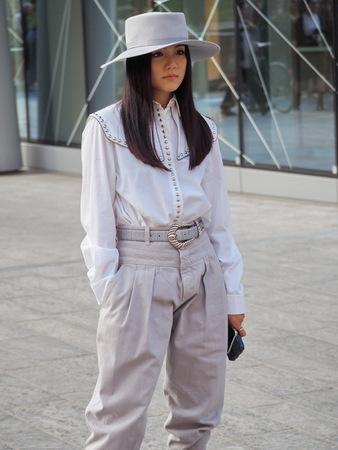 MILAN, Italy: 18 Septermber 2019: Fashion blogger street style outfit before Alberta Ferretti fashion show during Milan fashion week Spring / summer Archivio Fotografico - 132251676