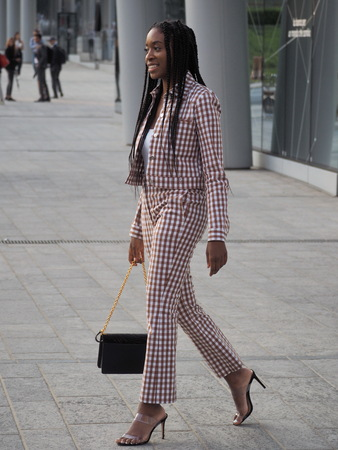 MILAN, Italy: 18 Septermber 2019: Fashion blogger street style outfit before Alberta Ferretti fashion show during Milan fashion week Spring / summer Archivio Fotografico - 132251693
