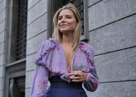 MILAN, Italy: 22 February 2020: Veronica Ferraro street style outfit before Philosophy by Lorenzo Serafini fashion show during Milan fashion week Editoriali