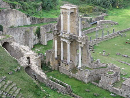 roman amphitheater: Ruins of a antique roman amphitheater in Volterra, Province of Pisa, Tuscany, Italy
