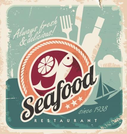 logos restaurantes: Cartel de la vendimia para el restaurante de mariscos. Fondo retro del papel viejo con el pescado y los alimentos. Vectores