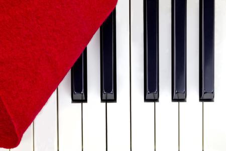 Uncover the piano