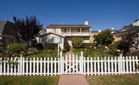 Average american two-story residential home  Stock Photo - 20371847