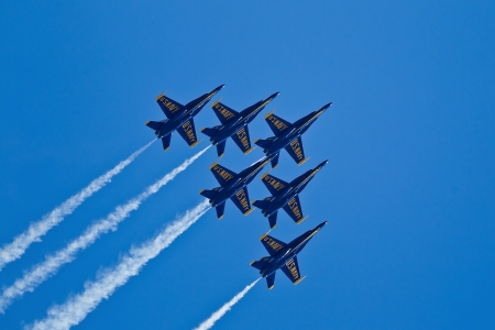 SAN FRANCISCO, CA - OCTOBER 6: US Navy Demonstration Squadron Blue Angels, flying on Boeing F/A-18 Hornet showing precision of flying and the highest level of pilot skills during Fleet Week on October 6, 2011 in San Francisco, CA.  Stock Photo - 11886648