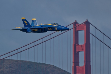 SAN FRANCISCO, CA - OCTOBER 6: US Navy Demonstration Squadron Blue Angels, flying on Boeing F/A-18 Hornet showing precision of flying and the highest level of pilot skills during Fleet Week on October 6, 2011 in San Francisco, CA.  Stock Photo - 11887522