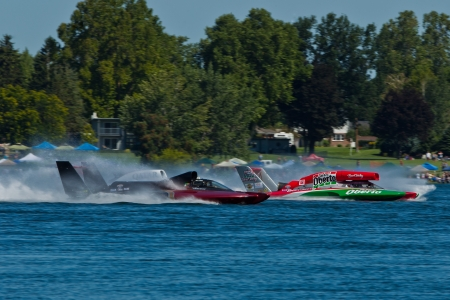 hydroplane: TRI-CITIES, WA - JULY 29: Steve David pilots the U-6 Oh Boy Oberto unlimited hydroplane at the Lamb Weston Columbia Cup July 29, 2012 on the Columbia River in Tri-Cities, WA. Editorial