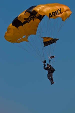 HILLSBORO, OR? AUG 5: A member of the US Army Golden Knights Parachute Team performs at the Oregon Air Show at Hillsboro Airport on August 5, 2012 in Hillsboro, OR.  Stock Photo - 14739999