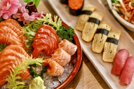 The dilicious Japanese foods is sushi and sashimi.