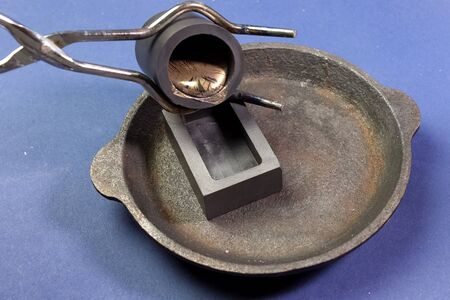 a Lead melting, molten lead metal samples