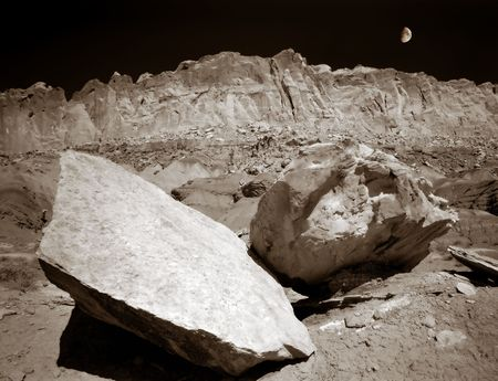 Surreal Capitol Reef, National Monument, Utah Moon Landscape.  Great for nature, wilderness, adventure, exploration, travel, backcountry and outdoor recreation themes. 16bit / 100mg scans from 4x5 negatives, toned.  Zdjęcie Seryjne