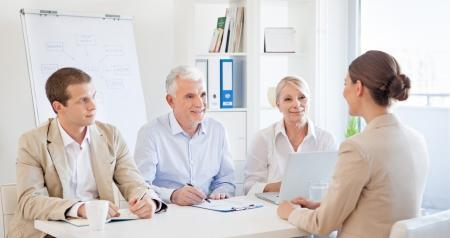 comité d entreprise: Candidat à un entretien d'embauche.