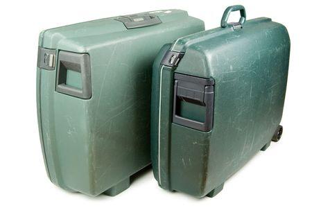 knocked out: Dos maletas del recorrido listas para el viaje de las vacaciones