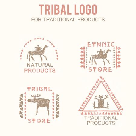 productos naturales: Conjunto de 4 insignias tribales (productos tradicionales y naturales, étnicos y tribales tienda). Dibujado a mano de estilo étnico, con figuras estilizadas (hombre, jinete, alces) y una textura grunge. Colores suaves (rosa, marrón) Vectores