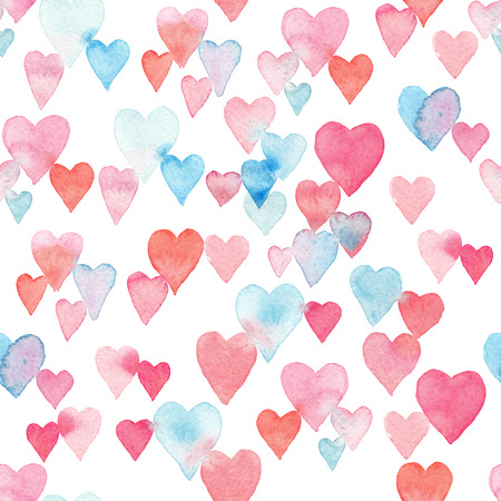 Seamless watercolor pattern with colorful hearts - pink, purple, blue tints. 免版税图像