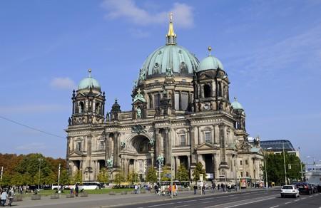 dom: Dom � Berlin
