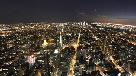 panache: night scene in New York panorama