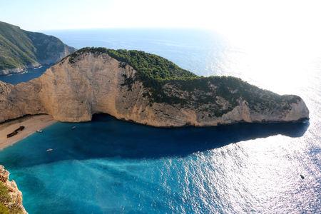 ギリシャのザキントス島でナヴァイオ ・ ビーチののどかな景色。