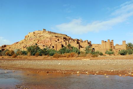 Ait Ben Haddou is a fortified city near ouarzazate in Morocco. Standard-Bild - 102640219