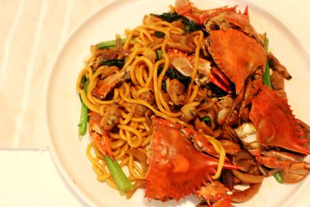 Crab Noodles made by instant pack noddle 免版税图像