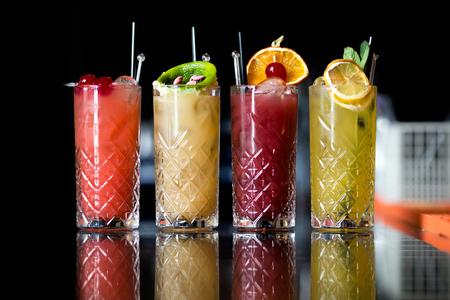 Four Fantastic Fresh Fruit Cocktails Standard-Bild