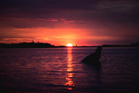Sunset on Danube river in Belgrade, Serbia 版權商用圖片