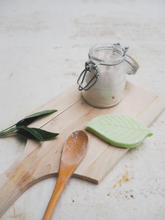 DIY-Set zur Herstellung eines hausgemachten veganen Deos und zur Einhaltung eines plastikfreien, abfallfreien Lebensstils