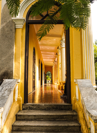 MACAU, CHINA - NOVEMBER 2018: The long corridor of the Qingcao hall in the Lou Lim Leoc public garden, a combination of Western and Chinese style Stock fotó - 127150669