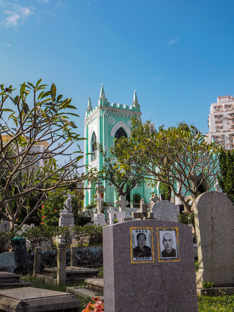 MACAU,CHINA - NOVEMBER 2018: The Saint Michael's chapel and cemetery in the city center with graves of Catholic Macau Portuguese and Chinese Stock fotó - 127150831