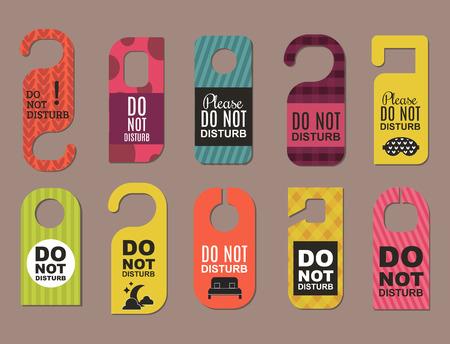 Por favor no molestar hotel puerta tranquilo motel servicio habitación privacidad concepto vector tarjeta colgar mensaje.