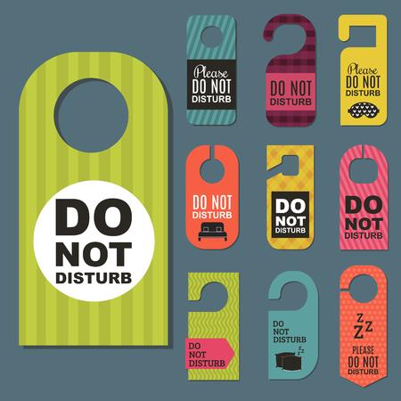 제발 방해하지 마십시오 호텔 문 조용한 모텔 서비스 방 개인 정보 보호 개념 벡터 카드 중단 메시지.