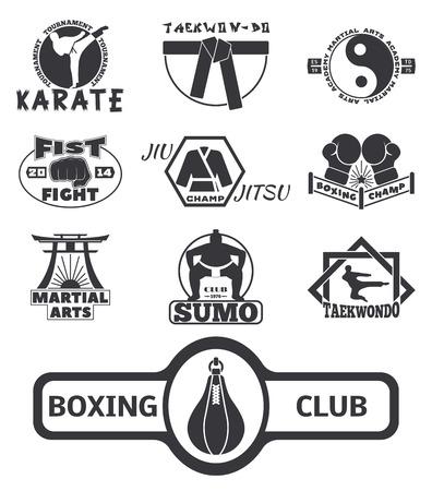 Set van cool fighting club emblemen labels vechten badges punch sport vuist karate vector illustratie.