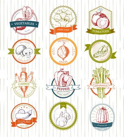 Groenten vector vegetablyetomato of wortel voor vegetariërs en label van gezonde natuurvoeding in supermarkt illustratie vegetated badges set geïsoleerd op een witte achtergrond. Stock Illustratie