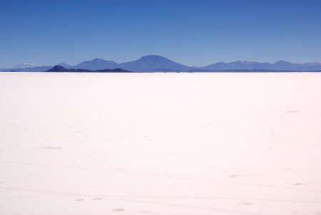 Salar de Uyuni, Bolivia photo