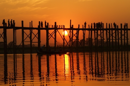 tranquille:  U bein bridge at sunset in Amarapura near Mandalay, Myanmar (Burma)