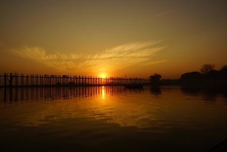 tranquille:  U bein bridge at sunset in Amarapura near Mandalay, Myanmar (Burma)
