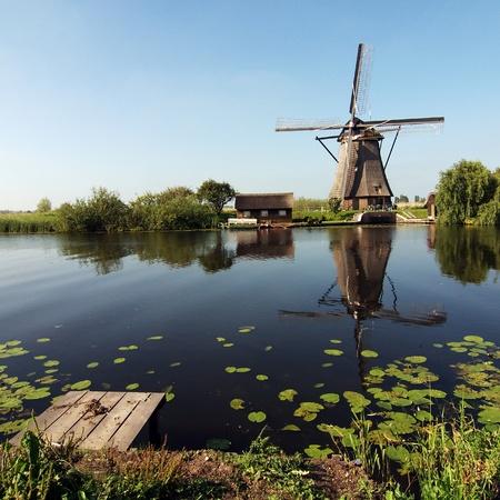 reflexion: Aire, viento, molino de viento, reflexi�n, espejo, reflejo