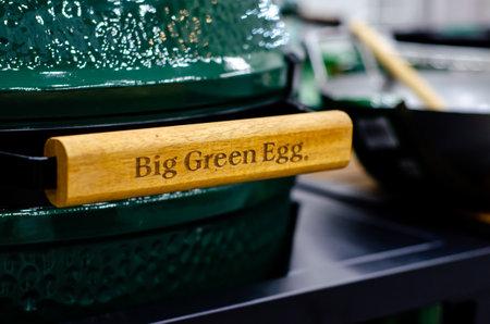 Kyiv, Ukraine - March 17, 2021: Big Green Egg Grill Redactioneel