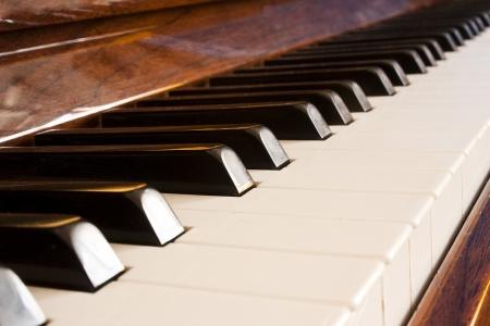 piano closeup: Primer plano de las teclas del piano Stock Photo