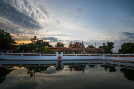 cartage: Wat Prathat Lampang Luang Temple, Lampang, Thailand.