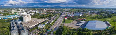北部タイの工業団地の空撮。