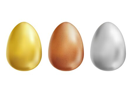 Gold, white and brown eggs set on white background Foto de archivo - 138176333