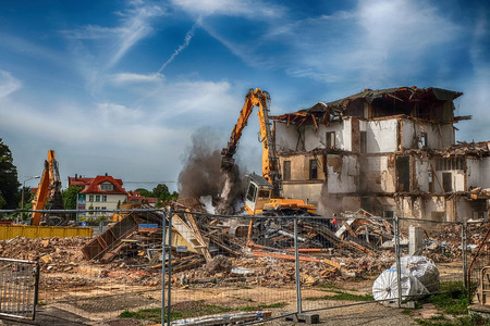 Demolition of the Waltershausen railway station Editorial