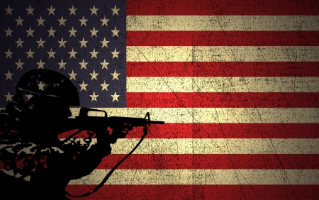Een silhouet van een soldaat op de Grunge Amerikaanse vlag Stockfoto
