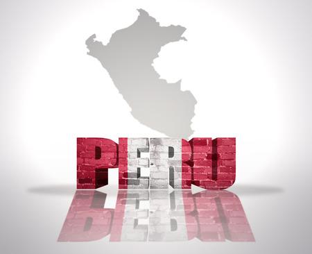mapa del peru: Palabra Per� con la bandera nacional de cerca mapa de Per�
