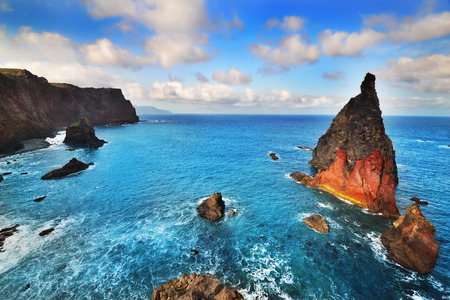 splendid: Splendid ocean view with blue skies background