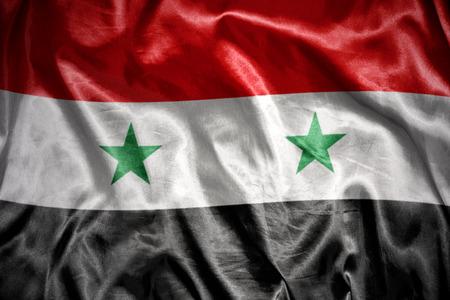 Syryjski: machając flagą i lśniące syryjskich