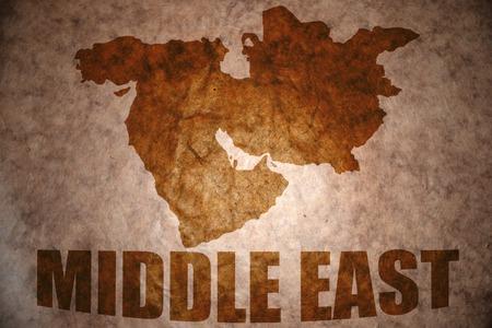 ビンテージ紙の背景に中東の地図