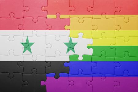 bandera gay: puzzle con la bandera nacional de Siria y bandera gay.