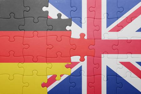 puzzel met de nationale vlag van Groot-Brittannië en Duitsland. concept