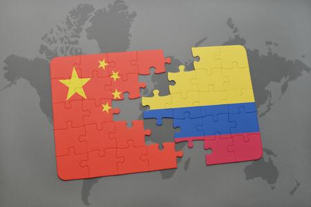 bandera de colombia: puzzle con la bandera nacional de China y Colombia en un mapa del mundo de fondo. ilustración 3D Foto de archivo